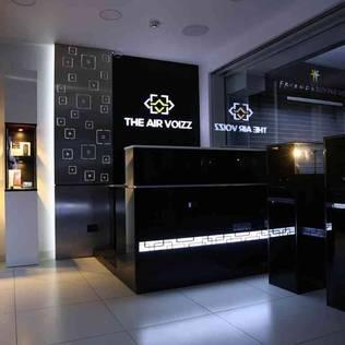Interiors - Airvoizz Store - Coimbatore. Modern Çalışma Odası Maran Design Modern Metal