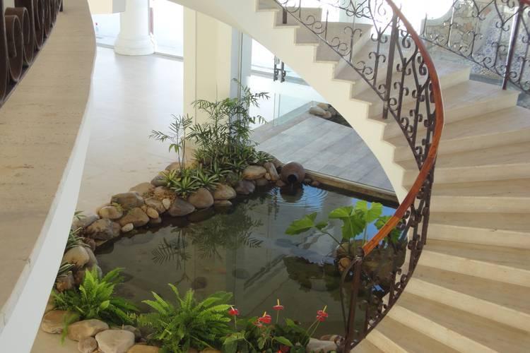 tropical Garden by Agua Viva Lagos e Paisagismo