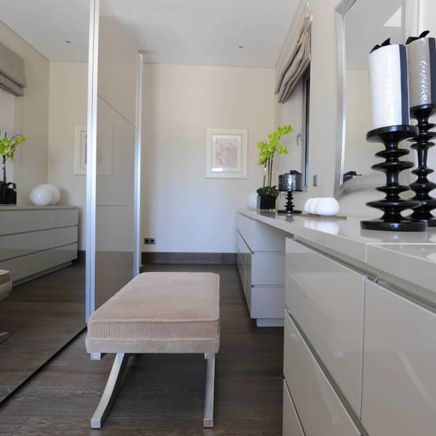 Quinta do Lago: modern Dressing room by Cheryl Tarbuck Design
