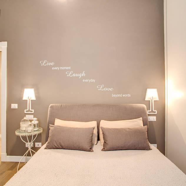 MOB ARCHITECTS: modern tarz Yatak Odası