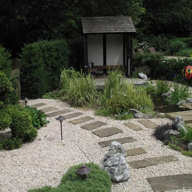 Jardines de estilo asiático por Cherry Mills Garden Design