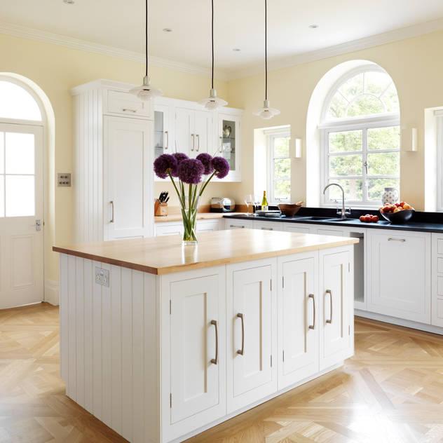 ห้องครัว by Harvey Jones Kitchens