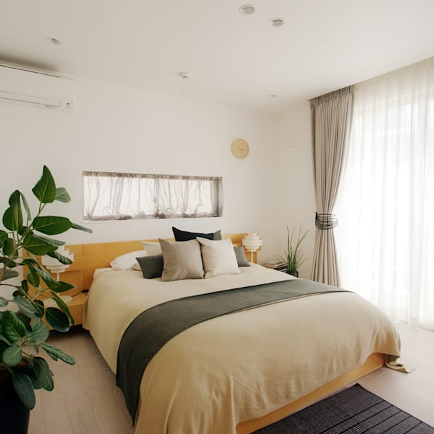Phòng ngủ phong cách hiện đại bởi H建築スタジオ Hiện đại