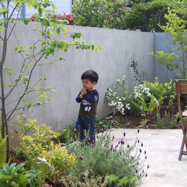 GARDEN Vườn phong cách hiện đại bởi FURUKAWA DESIGN OFFICE Hiện đại