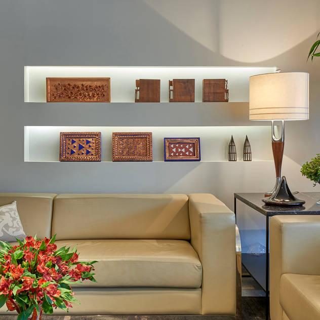 Salas de estar modernas por homify Moderno