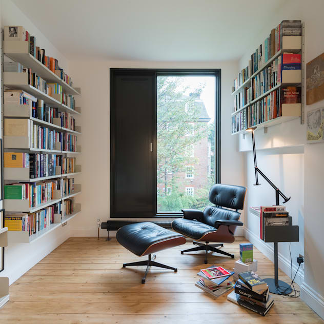 Phòng học/văn phòng phong cách tối giản bởi homify Tối giản