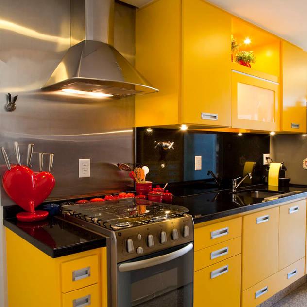 Cocinas de estilo moderno por Asenne Arquitetura