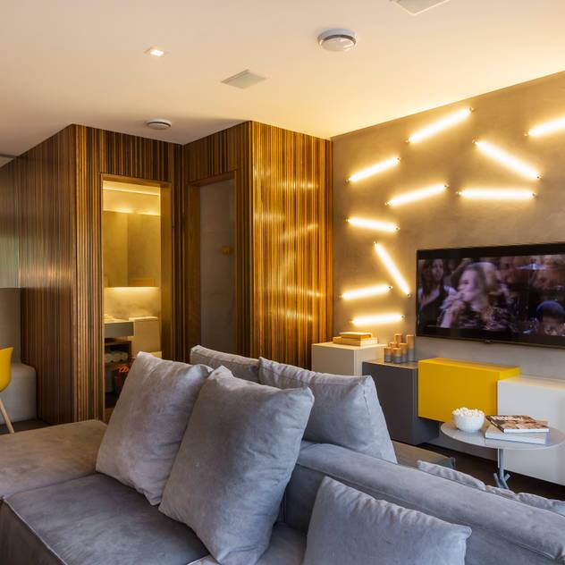 Salas de estar minimalistas por Studiodwg Arquitetura e Interiores Ltda.