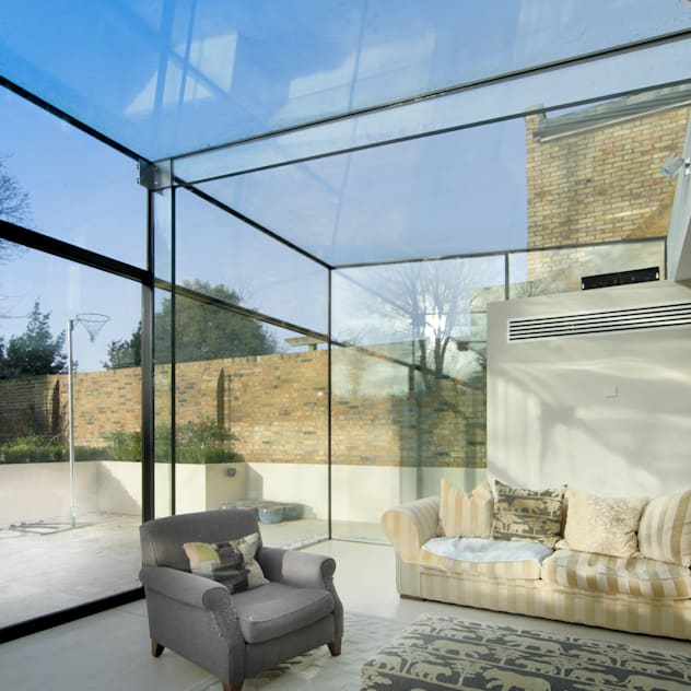 Barnes, London: Culmax Glass Box Extension: minimalistic Conservatory by Maxlight