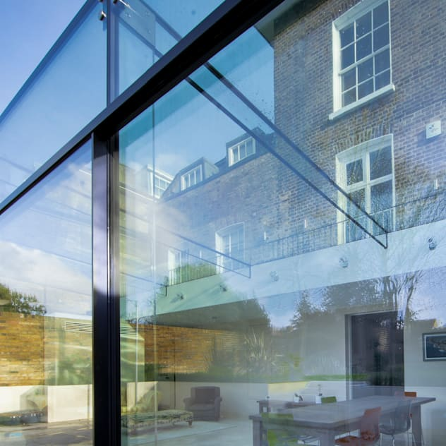 Barnes, London: Culmax Glass Box Extension: modern Conservatory by Maxlight