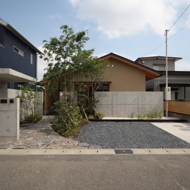 外観 日本家屋・アジアの家 の 青木昌則建築研究所 和風