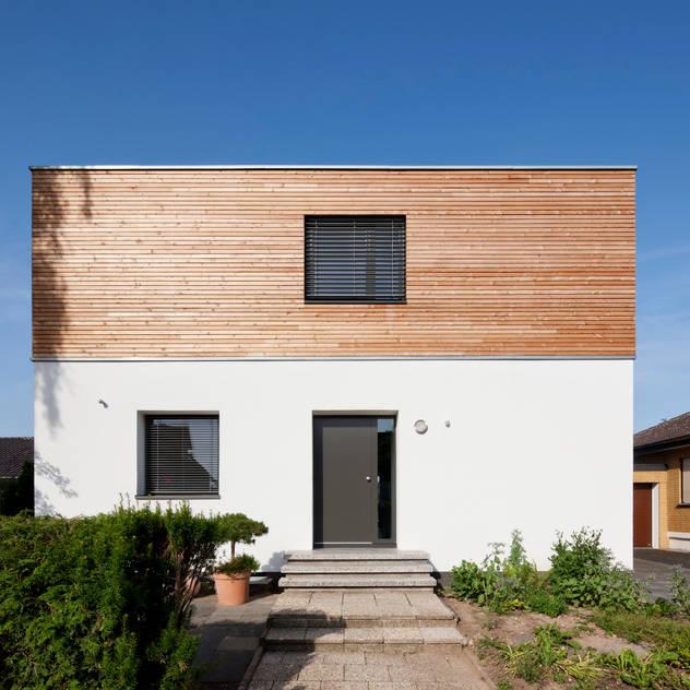 bởi Corneille Uedingslohmann Architekten Hiện đại