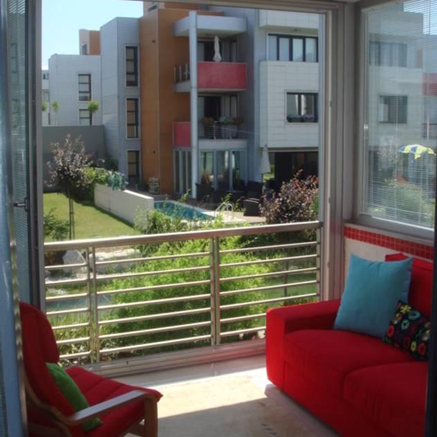 Terrace by HEBART MİMARLIK DEKORASYON HZMT.LTD.ŞTİ.