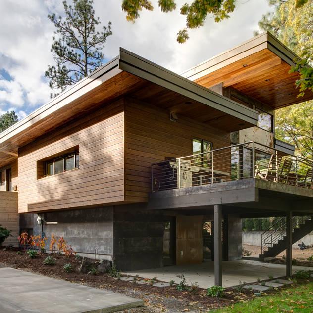 บ้านและที่อยู่อาศัย by Uptic Studios