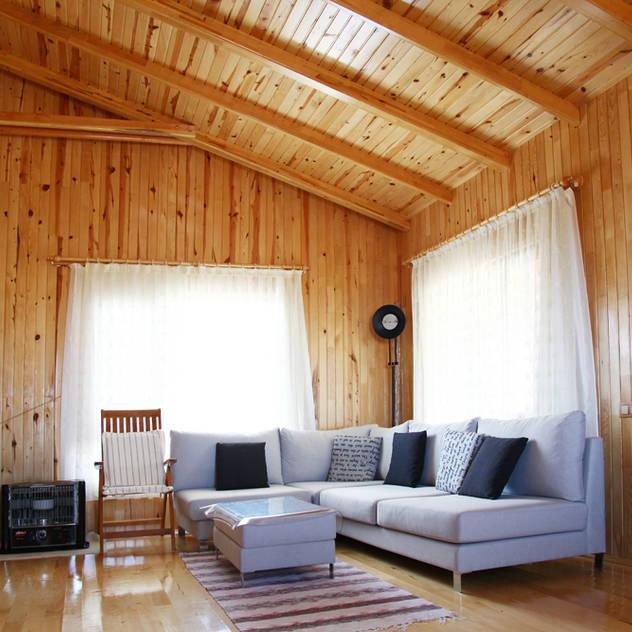 Ruang Keluarga by Kuloğlu Orman Ürünleri