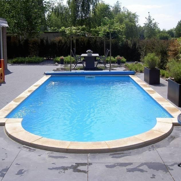 Hồ bơi phong cách hiện đại bởi Future Pool GmbH Hiện đại