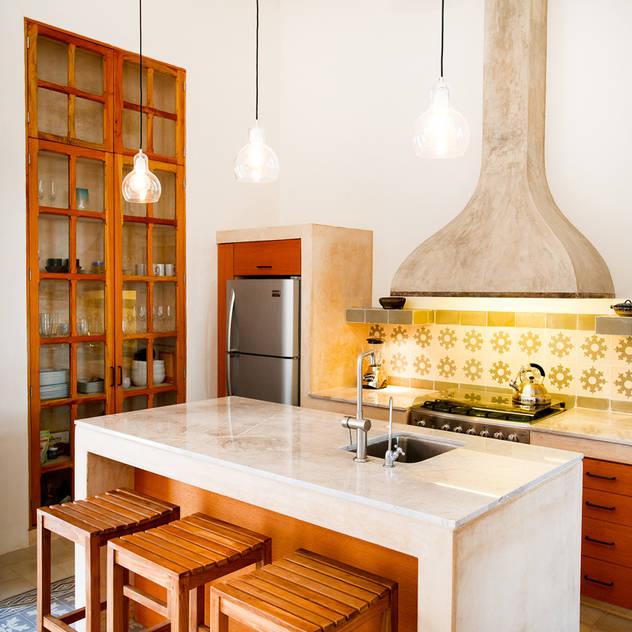 Taller Estilo Arquitectura: eklektik tarz tarz Mutfak