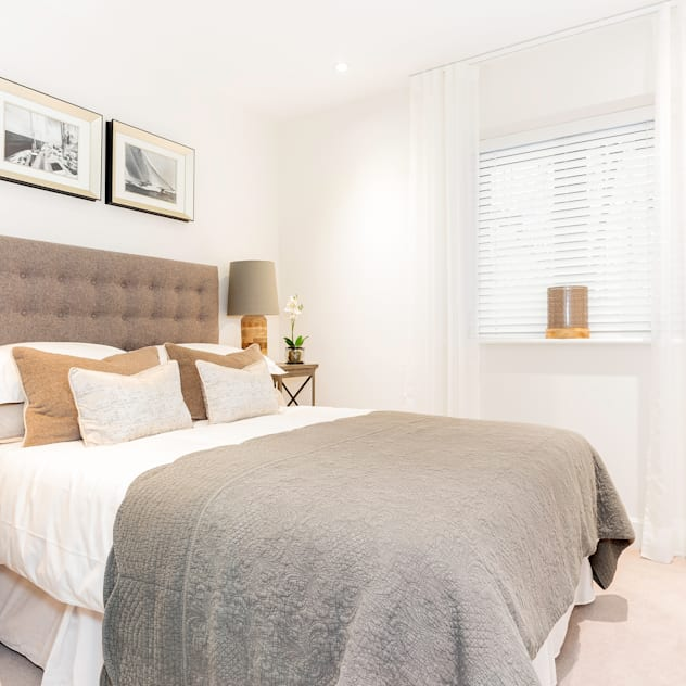 Bedroom by WN Interiors: modern Bedroom by WN Interiors of Poole in Dorset
