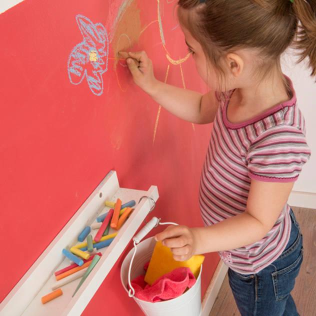Kinderzimmerwand zur Tafel machen: ausgefallene Kinderzimmer von Jansen