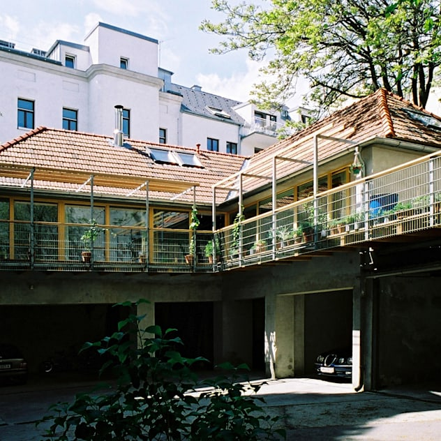 courtyard view bởi allmermacke Hiện đại