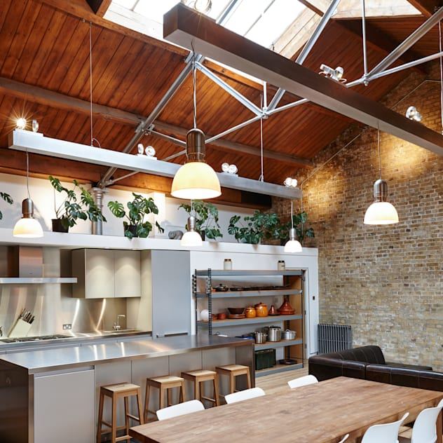 Quebec Way, Haggerston: modern Kitchen by Rousseau