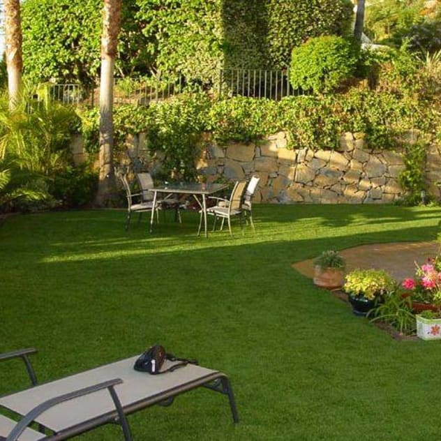 minimalistischer Garten von FERNANDA GASTELUM