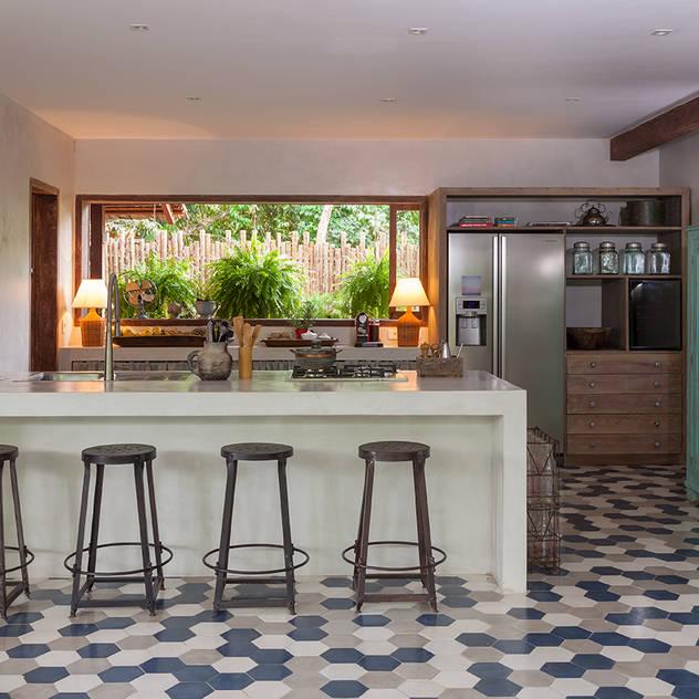 Cozinha: Cozinhas  por Vida de Vila