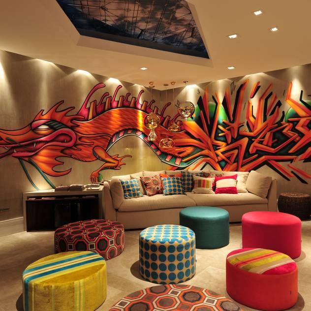 Phòng giải trí phong cách hiện đại bởi ANNA MAYA ARQUITETURA E ARTE Hiện đại Dệt may Amber/Gold