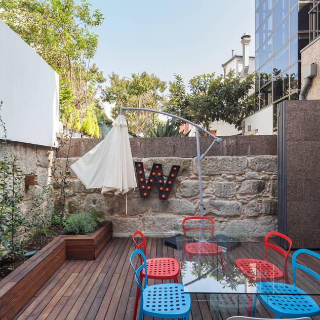 modern Garden by Floret Arquitectura