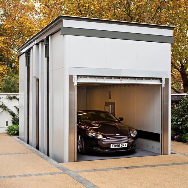 KSR Architects | Two Houses | Car lift Nhà để xe/ nhà kho phong cách kinh điển bởi KSR Architects Kinh điển