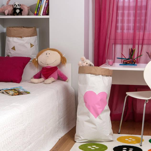Aufbewahrungs-Ideen für das Kinderzimmer: skandinavische Kinderzimmer von Baltic Design Shop