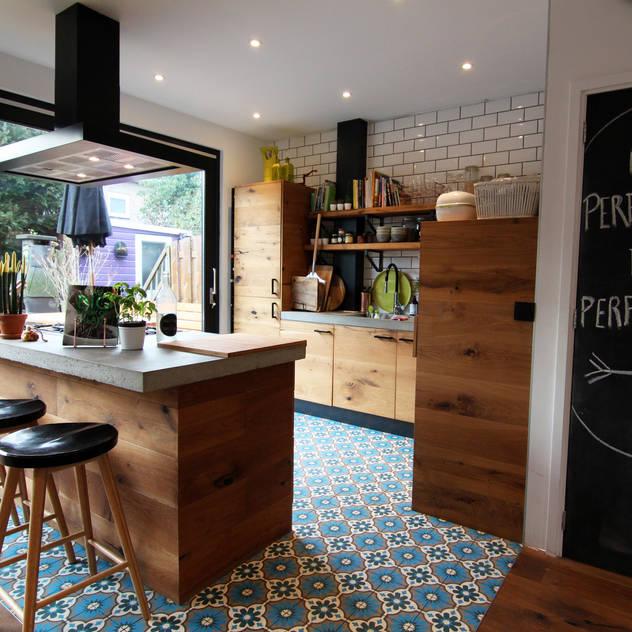 Diego Alonso designs: modern tarz Mutfak