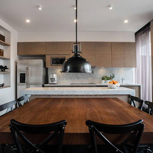 Phòng ăn phong cách hiện đại bởi SAU Arquitectos Hiện đại