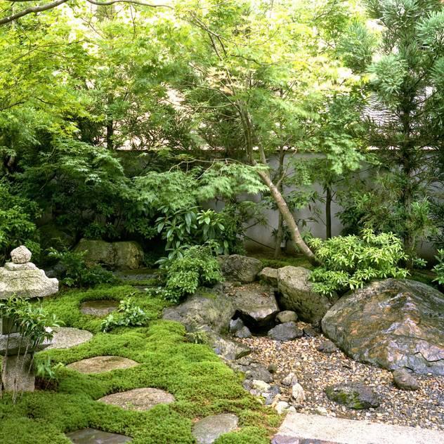 Vườn phong cách châu Á bởi Enatsu Garden Architect / 江夏庭苑事務所 Châu Á