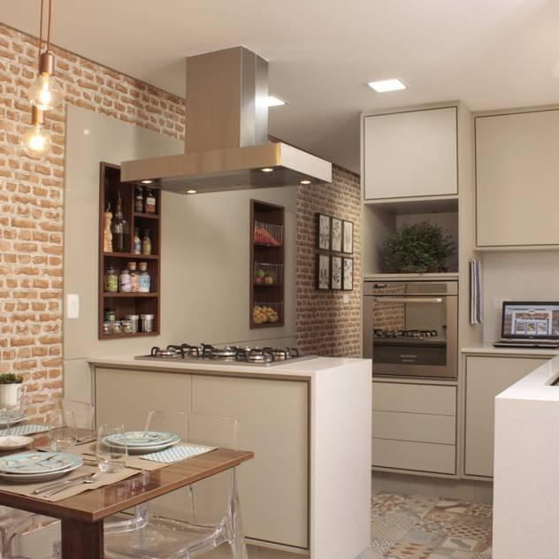 Cocinas de estilo mediterráneo de Fernanda Moreira - DESIGN DE INTERIORES