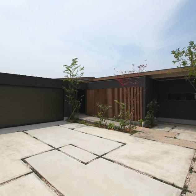 直方の家: 株式会社 SYN空間計画 一級建築事務所が手掛けた家です。