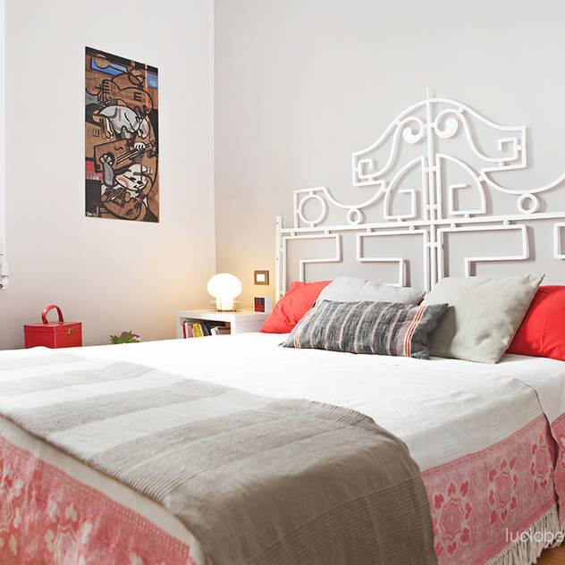 senzanumerocivico: modern tarz Yatak Odası