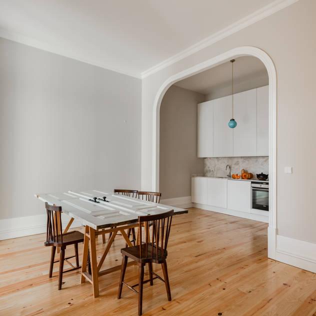 ห้องครัว by Pedro Ferreira Architecture Studio Lda