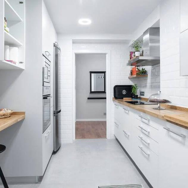 scandinavian Kitchen by GESTION INTEGRAL DE PROYECTOS DEL NOROESTE S.L.