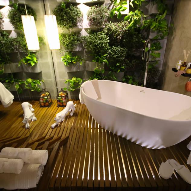 Mostra Alpha Decor 2016: Banheiros por RMS arquitetura e interiores