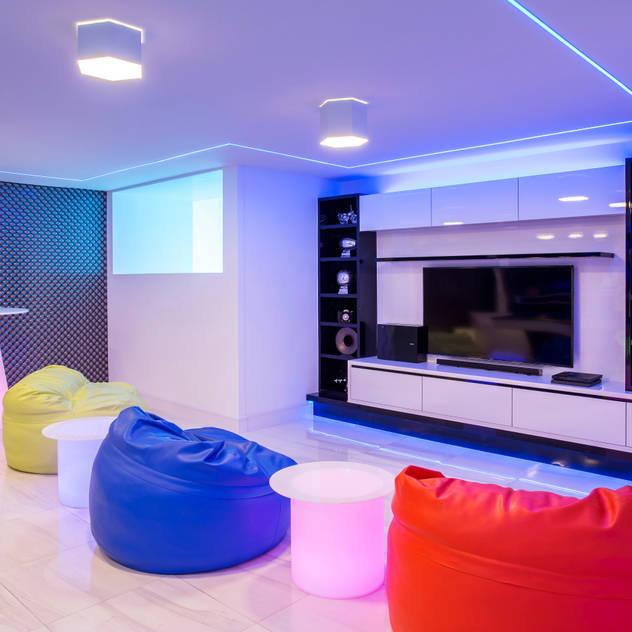 Phòng giải trí phong cách hiện đại bởi FRANCOIS MARAIS ARCHITECTS Hiện đại