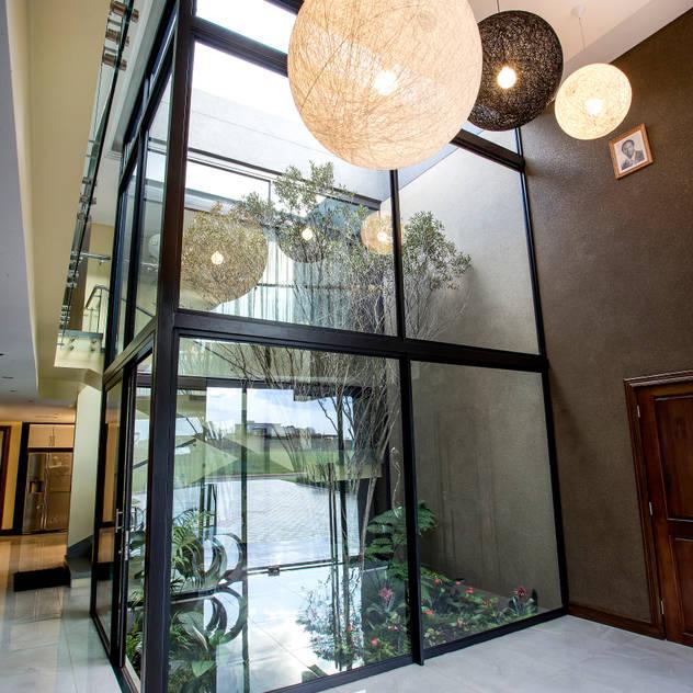Residence Harris FRANCOIS MARAIS ARCHITECTS Modern windows & doors
