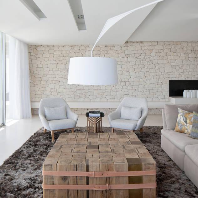 Roca Llisa ARRCC Modern living room
