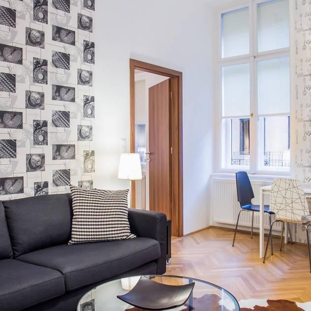 Interior photos - Budapest - HUN Soggiorno in stile scandinavo di Bata Tamas Photography Scandinavo
