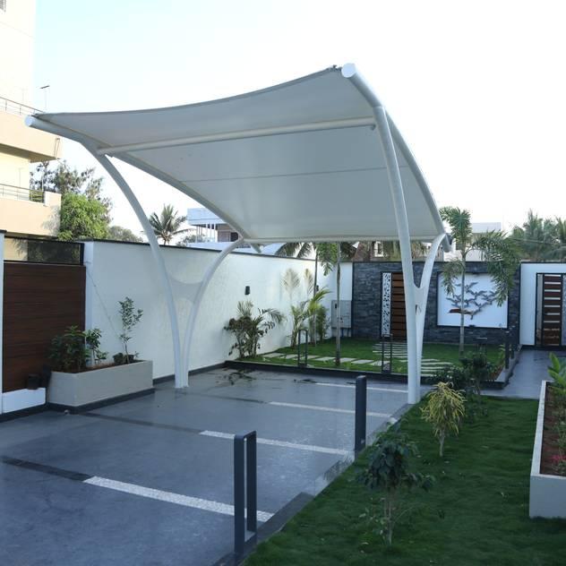 Nhà để xe/nhà kho phong cách hiện đại bởi Hasta architects Hiện đại