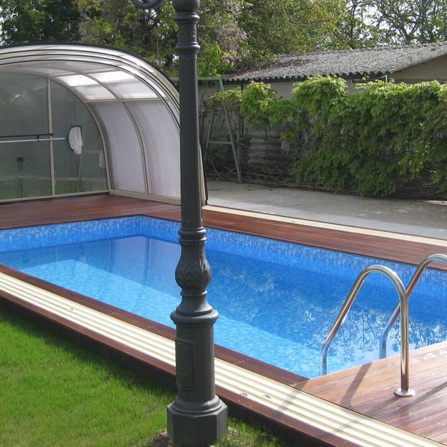 Hồ bơi phong cách hiện đại bởi Aquazzura Piscine Hiện đại