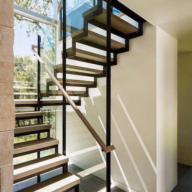 Hành lang, sảnh & cầu thang phong cách hiện đại bởi Feldman Architecture Hiện đại