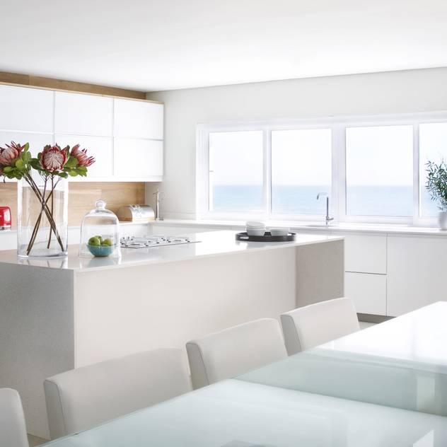 Kitchen Modern kitchen by Salomé Knijnenburg Interiors Modern