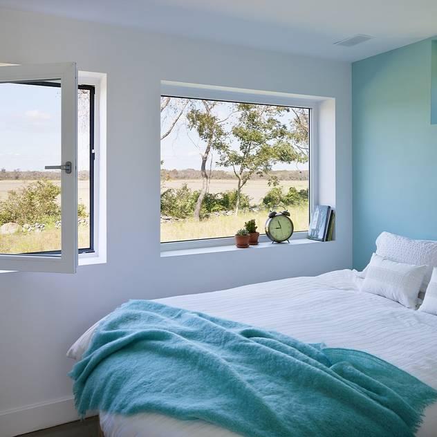 Bedroom ZeroEnergy Design Modern style bedroom Turquoise