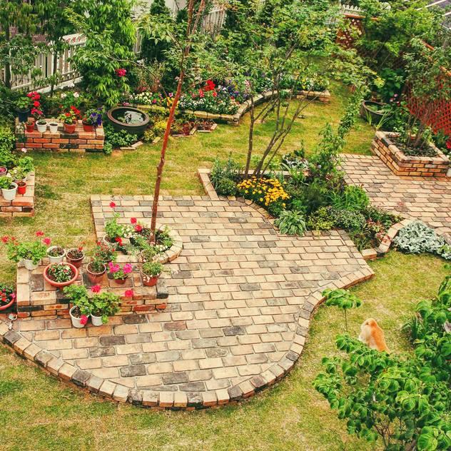 Vườn phong cách hiện đại bởi GAZON~ガゾン~ Hiện đại